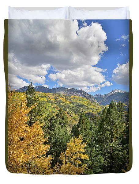 Duvet Cover featuring the photograph Road To Sunshine Mesa by Ray Mathis