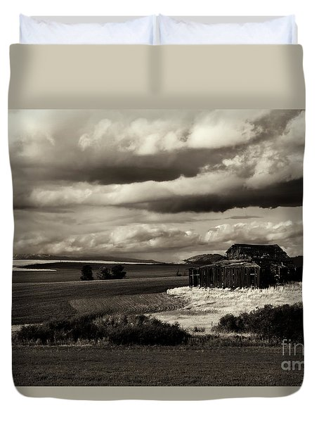 Duvet Cover featuring the photograph Seen Better Days by Mike Dawson