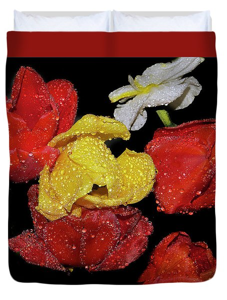 Duvet Cover featuring the photograph Spring Flower by Elvira Ladocki