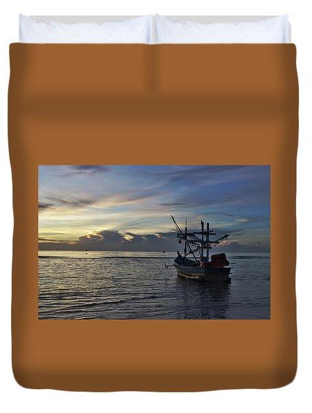 Sunrise On Koh Tao Island In Thailand Duvet Cover