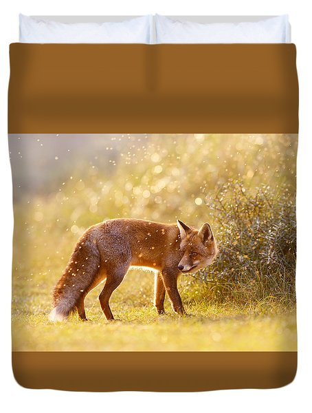 The Fox And The Fairy Dust Duvet Cover by Roeselien Raimond