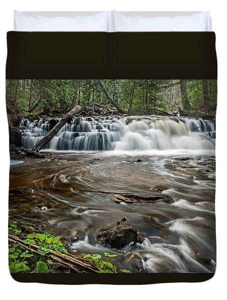 Upper Mosquito Falls Duvet Cover