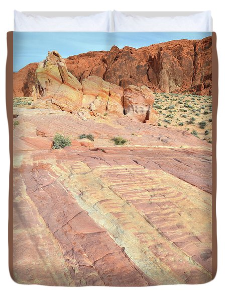 Duvet Cover featuring the photograph Valley Of Fire Rainbow by Ray Mathis