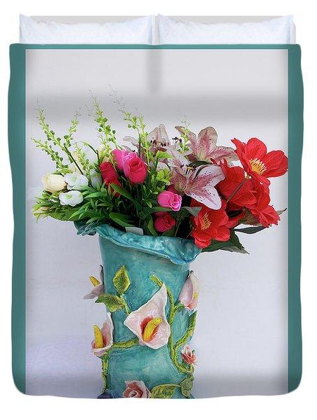 Vase, Rose Calla Duvet Cover