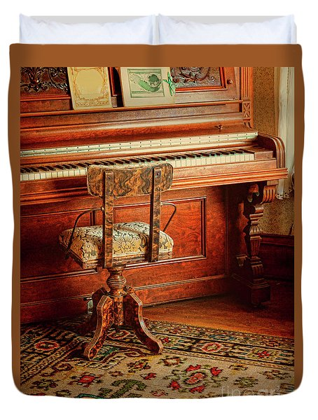 Duvet Cover featuring the photograph Vintage Piano by Jill Battaglia
