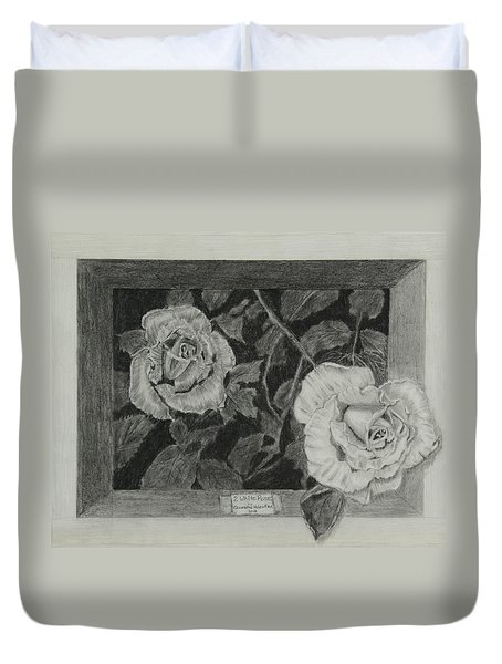 2 White Roses Duvet Cover
