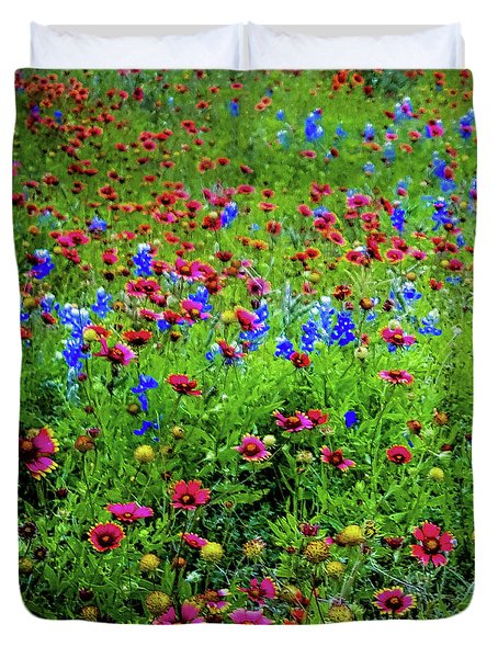 Duvet Cover featuring the photograph Wildflowers In Bloom by D Davila