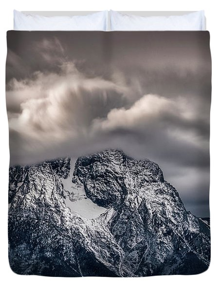 Winter Warning Duvet Cover