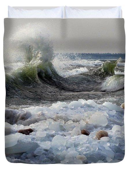 Winter Waves At Whitefish Dunes Duvet Cover