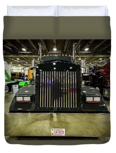 Duvet Cover featuring the photograph 2000 Kenworth W900 by Randy Scherkenbach