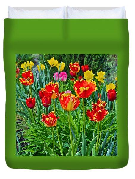 2015 Acewood Tulips 6 Duvet Cover