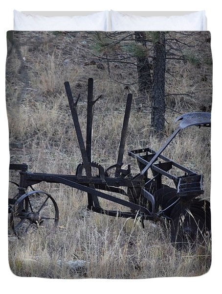 Old Farm Implement Lake George Co Duvet Cover