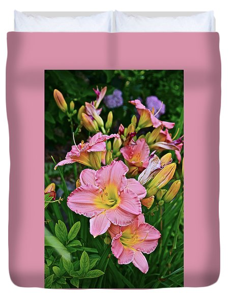 2015 Summer At The Garden Daylilies 1 Duvet Cover