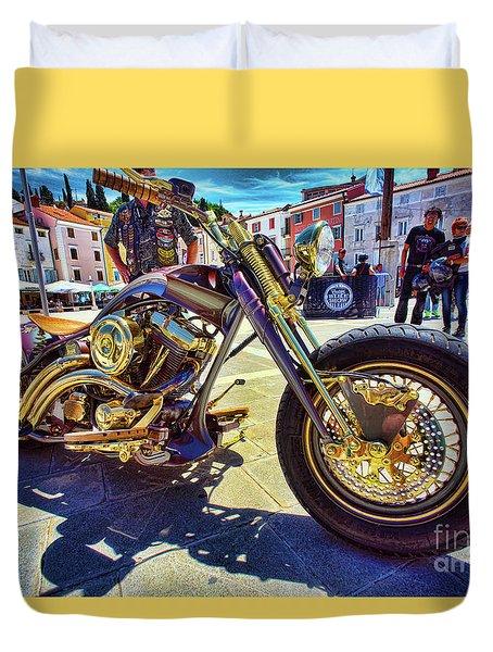 Duvet Cover featuring the photograph 2016 Custom Harley Winner by Graham Hawcroft pixsellpix