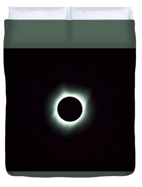 2017 Total Solar Eclipse Duvet Cover by David Gn