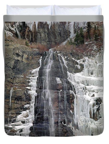 212m40 Bridal Veil Falls Utah Duvet Cover