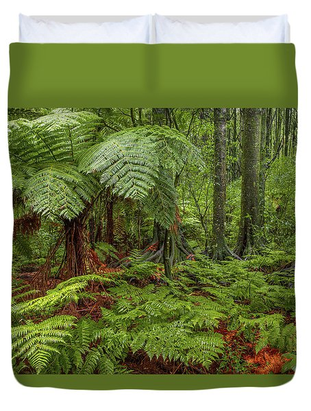 Duvet Cover featuring the photograph Jungle by Les Cunliffe
