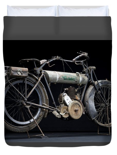 1917 Triumph Model H Duvet Cover