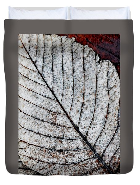 Beautiful Winter Leaf Duvet Cover