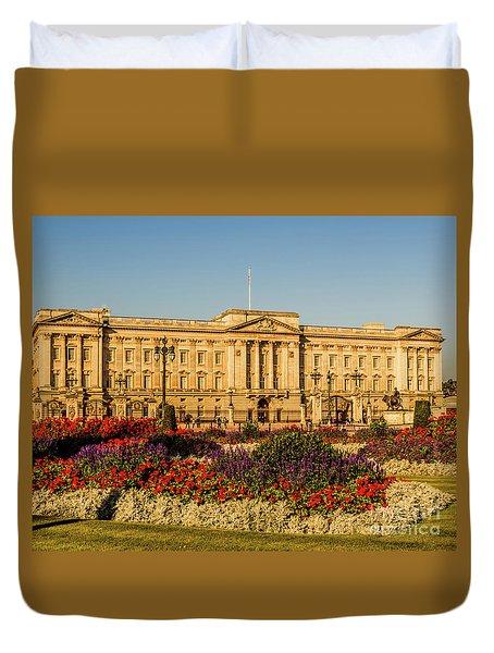 Buckingham Palace, London, Uk. Duvet Cover