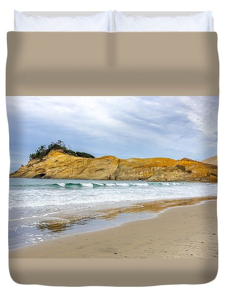 Duvet Cover featuring the photograph Cape Kiwanda by Jerry Cahill