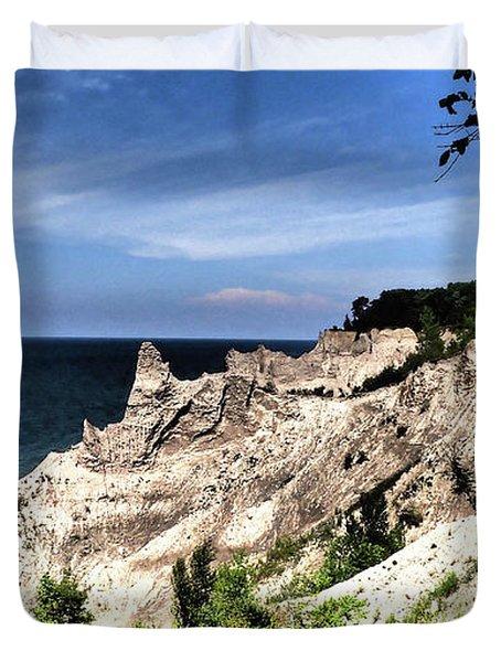 Chimney Bluffs Duvet Cover
