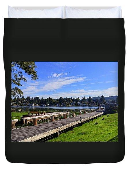 Devils Lake Oregon Duvet Cover