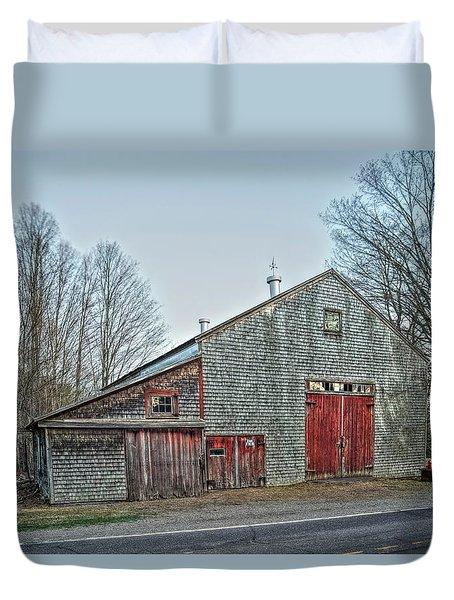 Faithful Old Barn Duvet Cover