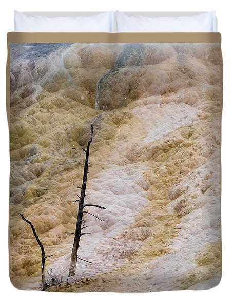 Mammoth Hot Spring Terraces Duvet Cover