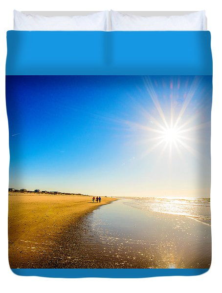 3 On The Beach  Duvet Cover by John Harding