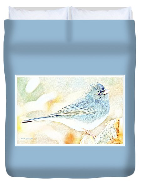 Slate-colored Junco, Snowbird, Male, Animal Portrait Duvet Cover