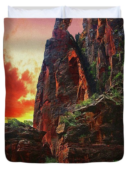 Sunrise In Canyonlands Duvet Cover