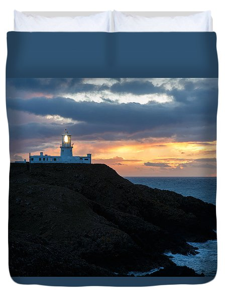 Duvet Cover featuring the photograph Sunset At Strumble Head Lighthouse by Ian Middleton