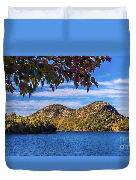 The Bubbles And Jordan Pond. Duvet Cover