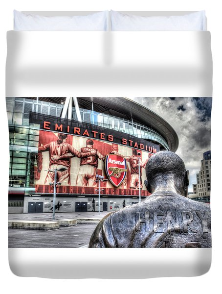 Thierry Henry Statue Emirates Stadium Duvet Cover