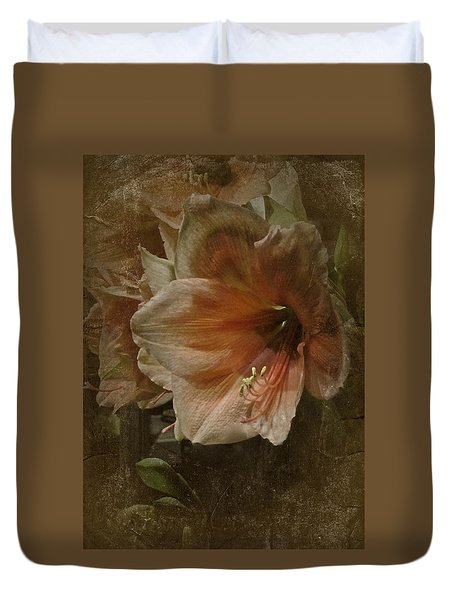 Duvet Cover featuring the photograph Vintage Amaryllis by Richard Cummings
