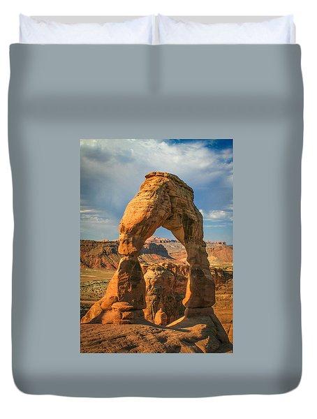 #3057 - Delicate Arch, Utah Duvet Cover