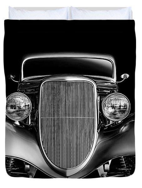 Duvet Cover featuring the digital art '33 Ford Hotrod by Douglas Pittman