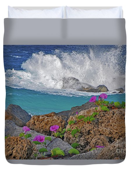 34- Beauty And Power Duvet Cover