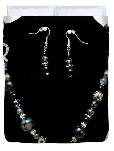 3545 Black Cracked Agate Necklace And Earring Set Duvet Cover by Teresa Mucha