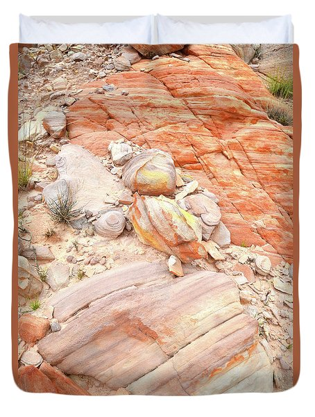 Duvet Cover featuring the photograph Multicolored Sandstone In Valley Of Fire by Ray Mathis