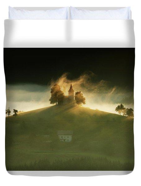 Church Of Saint Thomas At Sunrise Duvet Cover