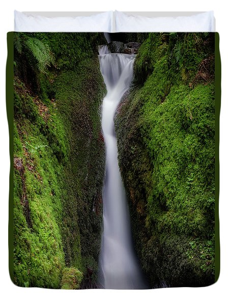 Duvet Cover featuring the photograph Dollar Glen In Clackmannanshire by Jeremy Lavender Photography