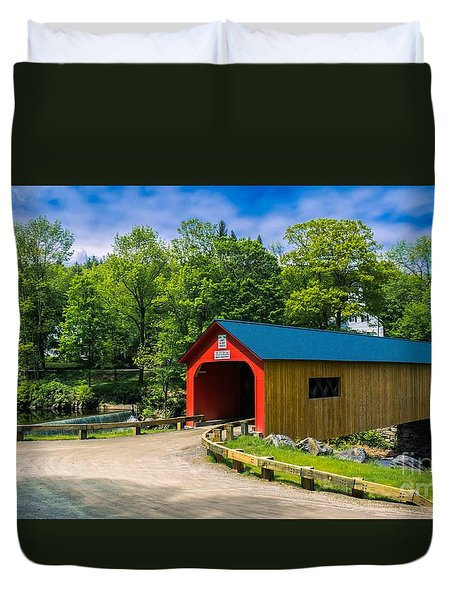 Green River Covered Bridge. Duvet Cover