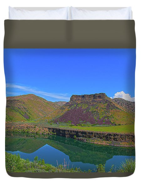 Duvet Cover featuring the photograph Idaho Landscape by Dart Humeston