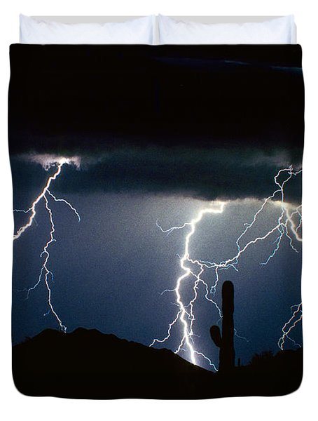 4 Lightning Bolts Fine Art Photography Print Duvet Cover