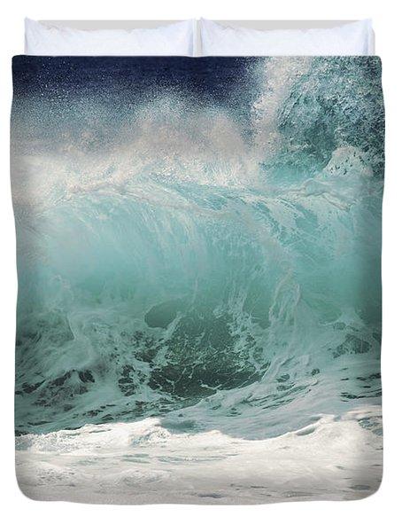 North Shore Wave Duvet Cover by Vince Cavataio - Printscapes