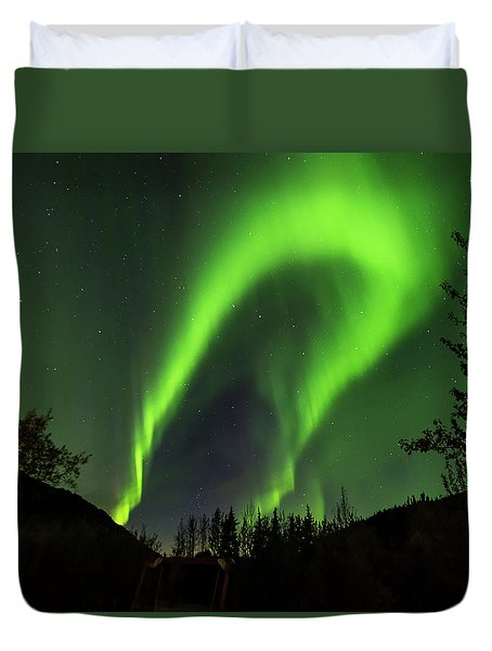 Northern Lights, Aurora Borealis At Kantishna Lodge In Denali National Park Duvet Cover