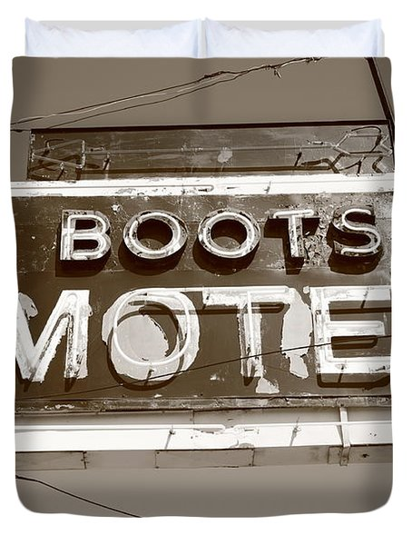 Route 66 - Boots Motel Duvet Cover by Frank Romeo
