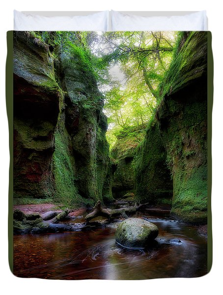 The Devil Pulpit At Finnich Glen Duvet Cover